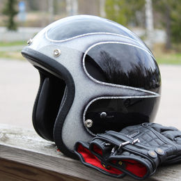 Scallops Superflake helmet