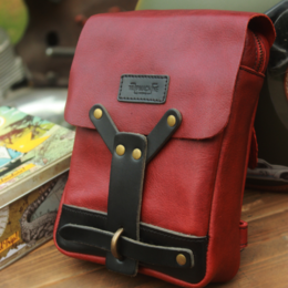 Trip Machine thigh bag - Cherry Red