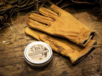 Coal Shanks & Leather Conditioner